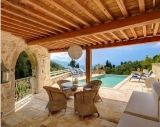 http://www.rentvillasgr.com/villas/corfu/villas-for-rent-in-corfu-cor096.php