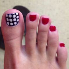 4th of July toes!