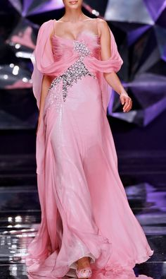 Abed Mahfouz...gorgeous and pink!