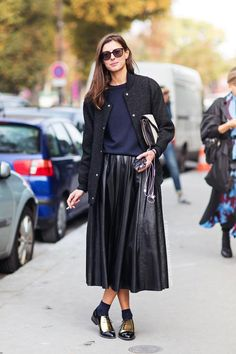 Le Fashion Blog -- Street Style: Leather Pleated Skirt, Celine Gold Oxfords -- Paris Fashion Week Via Stockholm Streetstyle -- photo Le-Fashion-Blog-Street-Style-Leather-Pleated-Skirt-Celine-Gold-Oxfords-Paris-Fashion-Week-Via-Stockholm-Streetstyle.jpg