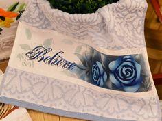 Toalha de lavabo com Rosas