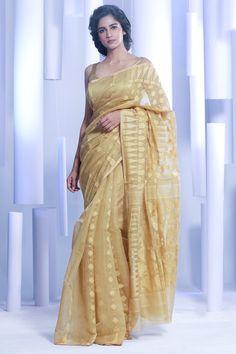 Butterscotch Jamdani Saree With Thread Work Formal Dresses For Weddings, Formal Wedding, Wedding Dresses, Bengali Saree, Indian Sarees, Tussar Silk Saree, Cotton Saree, Fancy Blouse Designs, Saree Look
