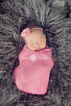 I can't believe I'm gonna have one of these in 4 months <3 =D RI Linda Hawkins Photography Newborn girl in pink Wrap