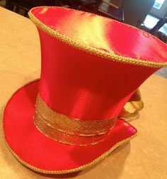 102 Wicked Things To Do - interesting hat ideas, many of the ideas look like they could be molded for the classroom