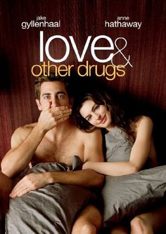 Love and other Drugs - 2010 Jake Gyllenhaal, Anne Hathaway, Oliver Platt, Hank Azaaria. A pharmeceutical salesman (Jake Gyllenhaal) begins a tempesuous romance with a free-spirited Parkinson's patient (Anne Hathaway) Love Movie, Movie Tv, Movie List, Edward Zwick, Gq, Bon Film, Streaming Hd, Streaming Movies, Romantic Movies