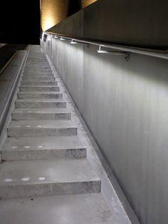 LUMIGRIP | trapleuning met LED (product) - ILLUNOX® - RVS trapleuning met doorlopende LED verlichting - PhotoID #220883