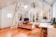 Ganhe uma noite no Historic Canal House in city center - Apartamentos para Alugar em Haia no Airbnb!
