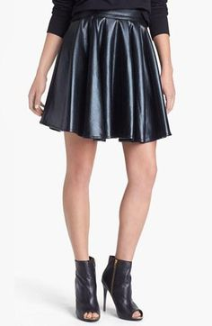 Leather skater skirt - trendy all year round!