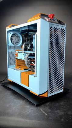 Porsche Gulf Racing inspired Gaming PC build & Case Mod In 1970 and both Ford and Ferrari lost Computer Gaming Room, Gaming Room Setup, Computer Build, Computer Setup, Computer Case, Build A Pc, Gaming Pc Build, Gaming Pcs, Office Gadgets