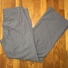 "Banana Republic Pants The Sloan Fit Banana Republic pants, size 6P 29"" inseam Banana Republic Pants"