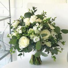 Eleanor's classic ivory and green bouquet #bridalbouquet #weddingdetails #weddingflowers #irishflorist #irishwedding #bloomsdayflowers