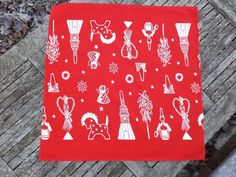 Hey, I found this really awesome Etsy listing at https://www.etsy.com/listing/490832562/swedish-christmas-table-topper-xmas-red