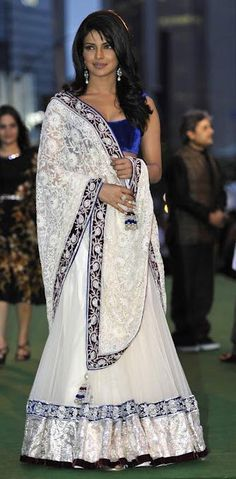 $183.52 Priyanka Chopra At Iifa-2011 In White Lehenga Choli 13035