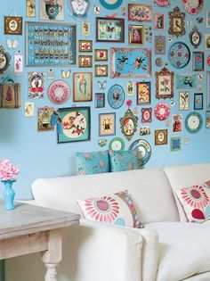 love the idea of a color~coordinated collection like this on a wall of color1