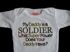 Armée Camo bébé garçon vêtements bébé militaire vêtements brodés avec mon papa est un soldat ce qui Super puissance Does Your Daddy Have Great