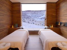 Amangiri Resort and Spa, Utah. Amangiri Resort and Spa, Utah. Amangiri Resort Utah, Amangiri Hotel, Massage Room Design, Spa Treatment Room, Spa Treatments, Spa Rooms, Home Spa Room, Powder Room Design, Spa Design