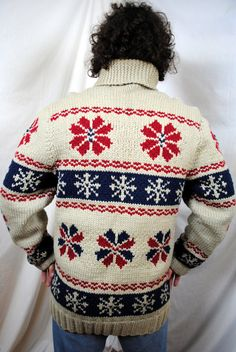 Mary Maxim Men's No. 402 Snowflake sweater by RogueRetro on Etsy Vintage Sweaters, Cozy Sweaters, Nordic Sweater, Men Sweater, Cowichan Sweater, Sweater Making, Western Outfits, Knitting Patterns, Sweater Patterns