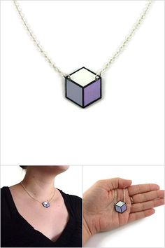 Purple white grey hexagon necklace, lilac gray white geometric hexagonal necklace, graphic painted plastic necklace (recycled CD) - Made on order by @savousepate on Etsy #ecofriendly #ecoresponsible  #recycling #upcycling