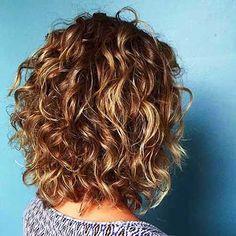 Beliebte Layered Haircut-Lösungen für Lockiges Haar -