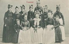Folk Clothing, Folklore, Danish, Cottage, Embroidery, Painting, Europe, Suits, Historia