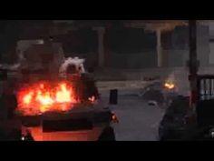 Tanqueta arremete en contra de residencia. VIDEO.