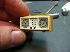 Reloj vintage - How to make a mid-century clock radio.