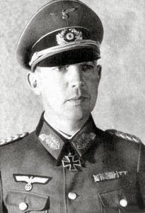Generalmajor Kurt HEYSER (27 August 1894 – 20 April 1974) captured by American troops in May 1945 and was held until 1947. Knight's Cross of the Iron Cross on 26 May 1940 as Oberst and commander of Infanterie-Regiment 47