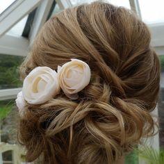 #honeystonehair by #annierussell. #haircolour enhances this look beautifully.  #weddinghair #specialoccasion #hair #weddingflowers #wedding #lovemyjob #casualweddinghair