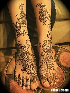 #henna #tattoo covering legs and feet