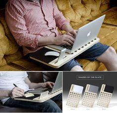 Gosta de trabalhar com o seu notebook no sofá ou na cama? Veja esta mesa de computador para colo e inspire-se! #ficaadica #criatividade