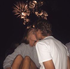 25 Cute Relationship Goals All Couples Should Aspire To – Future Boyfriend - Water