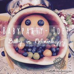 Einfach, aber genial – das war das, was ich gedacht habe, als eine Freundin dieses kleine Prachtstück zur Babyparty mitbrachte: Ein Baby aus einem Orangenkopf eingebettet in Obst im Melonenbu…