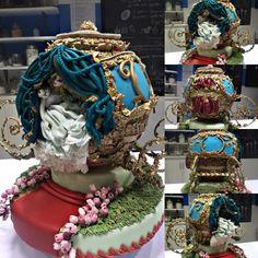 Cinderella Carriage Cake Rococo Style - Cake by Jackie Florendo Paris Birthday Cakes, Castle Birthday Cakes, Carriage Cake, Big Wedding Cakes, Owl Cakes, Disney Cakes, Specialty Cakes, Fancy Cakes, Cake Tutorial