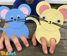 mouse crafts Easy Paper Mice Finger Puppets for preschoolers to make. Learn how to make a paper mouse from circles - simple STEAM Maths project looking at basic of the RAT idea too! Chinese New Year Crafts For Kids, Paper Crafts For Kids, Diy For Kids, Toddler Crafts, Preschool Crafts, Mickey Mouse Crafts, Dinosaur Jr, Puppets For Kids, Paper Puppets