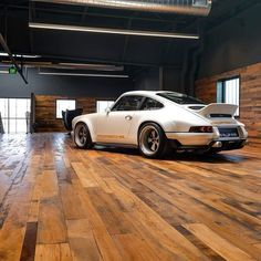 Fast Cars, Tattoo's And All Things Sexy: Photo Porsche 964, Porsche Carrera, Singer Porsche, Porsche Cars, Singer 911, Porsche Classic, Porsche Garage, Carros Lamborghini, Singer Vehicle Design