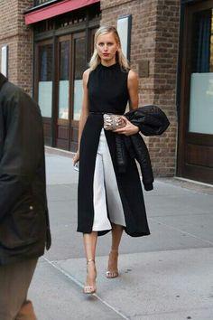 . #culottes  #renaissance #knee-breeches #skort #split skirts