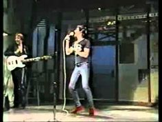 Iggy Pop - Eat Or Be Eaten (live - 1982 - TV-show)