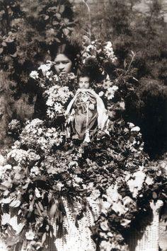 Fotografía post-mortem, Romualdo García. S.XIX. Exquisite Angelito