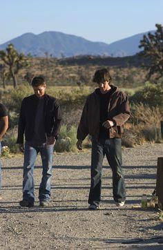 Jensen Ackles & Jared Padalecki as Dean & Sam Winchester | Season 1 Group Shot Promo