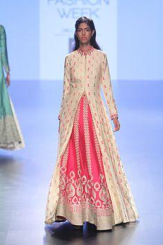 SVA at Lakmé Fashion Week summer/resort 2016 | Latest indian fashion looks | Best of India's Fashion