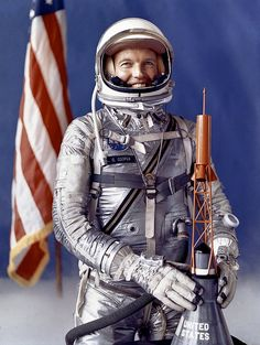 Astronaut L. Gordon Cooper NASA selected Astronaut L. Gordon Cooper in 1959 as one of the 7 astronauts for their Mercury Project. In 1 days, the Faith 7 spacecraft orbited the Earth 22 times.