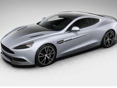 Aston Martin comemora 100 anos com série especial que valoriza o prata