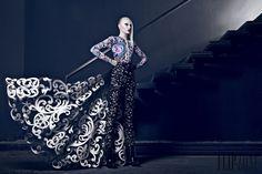 Nicolas Jebran Automne-hiver 2014-2015 - Haute couture - http://www.flip-zone.fr/fashion/couture-1/independant-designers/nicolas-jebran-4846