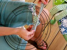 Southern Priss Designs: Fabric Wreath DIY Tutorial - great fabric wreath tutorial or you could use ribbon...excellent photos and instructions