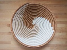 African Basket // Made in Rwanda // Woven Sisal & by AmshaStudio