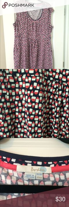NWOT Boden Casual Weekend Dress NWOT Casual Weekend Dress from Boden. Navy and red, super cute for summer. With POCKETS! Boden Dresses Midi