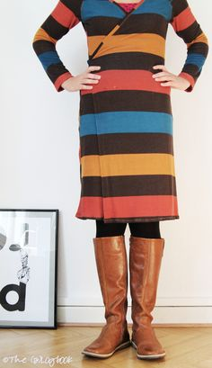 Schnitt: Wickelkleid aus Ottobre Woman 5/2013 Material: Viskose-Strick über Lillestoff Christen, Plus Size Fashion, High Neck Dress, Shirts, Fancy, Style Inspiration, Clothes For Women, Sewing, Knitting