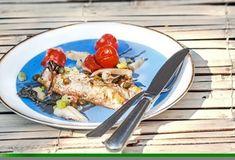 Φιλέτο ψαριού με λαχανικά-featured_image Food Categories, Fish Dishes, Acai Bowl, Food And Drink, Gluten Free, Mexican, Chicken, Meat, Breakfast