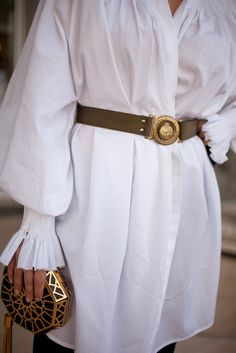 Sleeves - The best of street style during Milan Fashion Week 2016.
