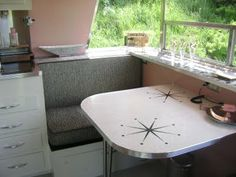 The TABLE! Words fail me- every time  I see this I get so sadly jealous!! (1960 Holiday House trailer)